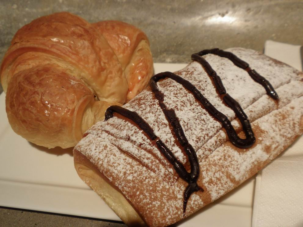 Croisant and chocolate danish