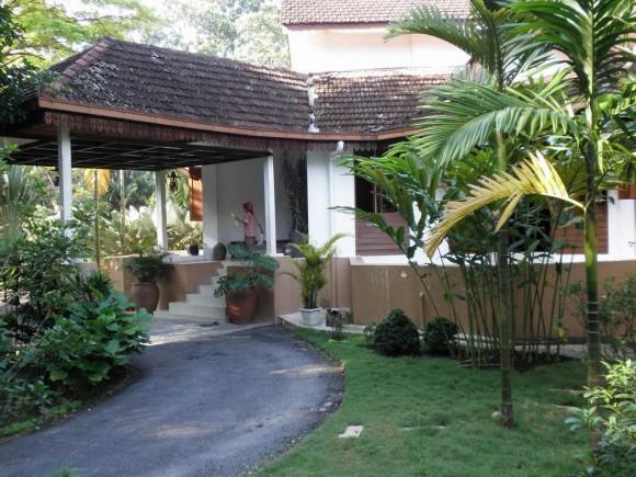 tea house entrance